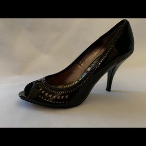 Betseyville Betsy Johnson Black patent heels heart